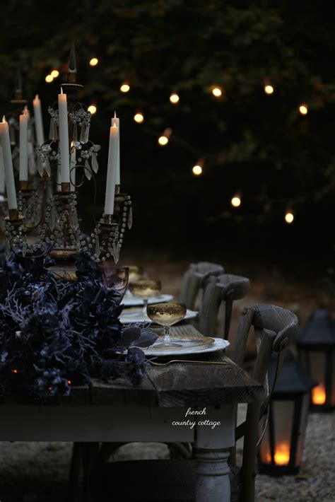 Spooky Elegant Halloween Table Setting - FRENCH COUNTRY