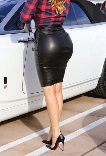 Khloe Kardashian: Sexy butt-show or disaster?   Styling