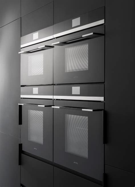 Linear by Smeg – Design begins with the line | Australian