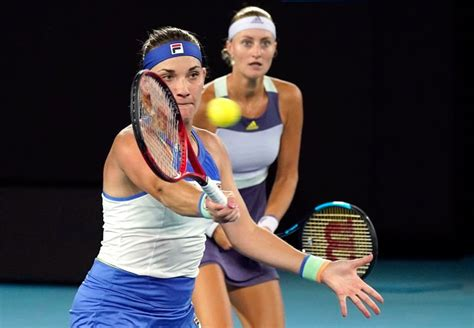 Babos and Mladenovic retain French Open women's doubles